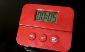5秒ルールをもちいて5秒のタイマーを使う