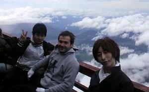 2010年の富士登山の服装【富士山】素人・運動不足でも登れる富士山の登山方法・注意点。初心者だからこそ分かる持ち物や靴などの真実。