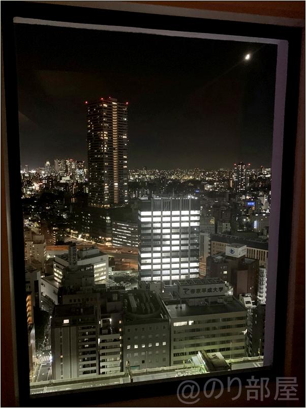 サンシャインシティプリンスホテルの窓から見える絶景 【感想】サンシャインシティプリンスホテルの部屋がキレイで景色が良くてオススメ!サンシャインで遊ぶ人・家族には最高!【評価・口コミ】