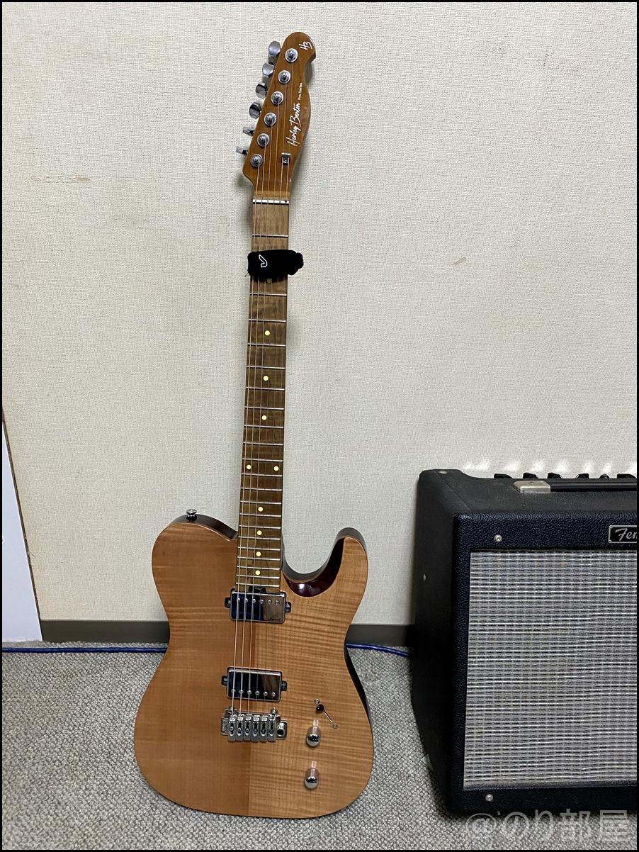 Harley BentonのエレキギターにLOCK PICKを装着してみます 「LOCK PICK(ロックピック)」を徹底解説!なくさないピックが超便利で初心者にオススメ!メリットとデメリットを紹介!【ピック隠し】
