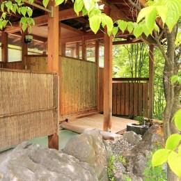 乗鞍高原温泉山栄荘の貸切露天風呂