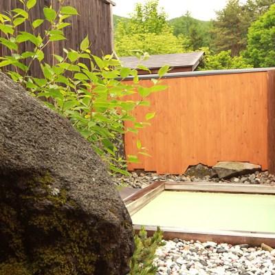 乗鞍高原温泉山栄荘の露天風呂