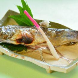 温泉宿福寿荘 夕食1例「岩魚の塩焼き」