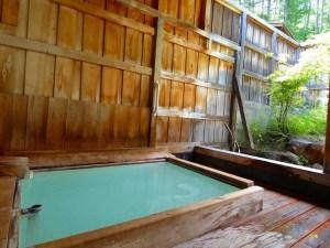 福島屋の 露天風呂