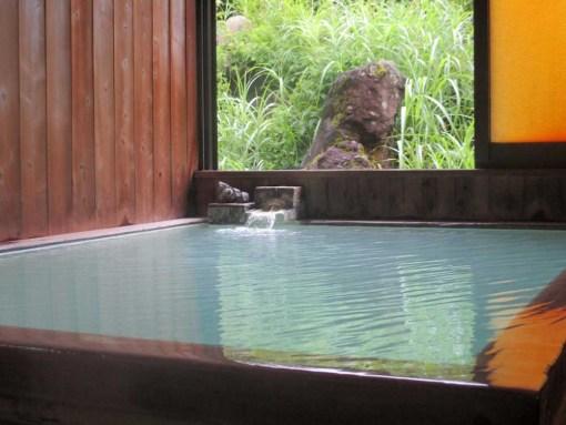 唐松荘の内湯