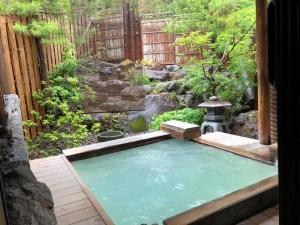 青葉荘露天風呂