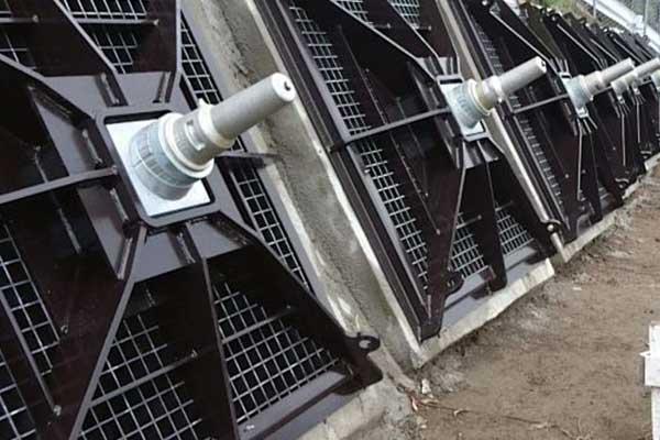 アンカーパネル受圧板