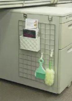 職場 デスク きれい 職場 デスク きれい 下 効果 快適 片付け 癒し 足元 靴置き 消臭 収納 整理 100均 おしゃれ グッズ 百均 100円 ヒャッキン アイディア コード 収納