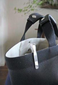 バッグ かばん 鍵 カギ 迷子 収納 キーテイル キーリール キークリップ ベルトキーホルダー ダイソー セリア タグを削除: 100均 キャッキン 百均 100円 100均 キャッキン 百均 100円
