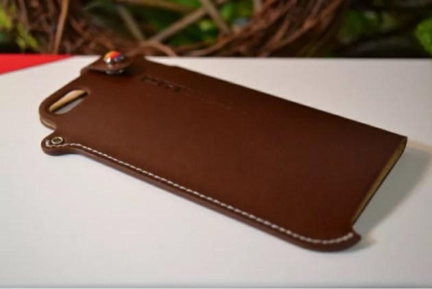 LIM'SレザーケースiPhone5s1