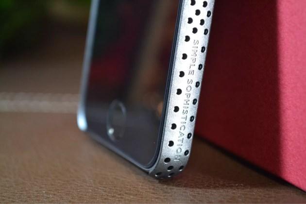 パンチングケースiPhone5sラウンドなフォルム3