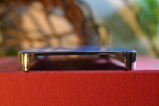 Appleマーク入りのiPhone5sケース4