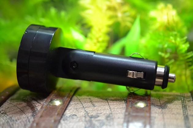 スマホ用のBluetooth対応FMトランスミッタ5