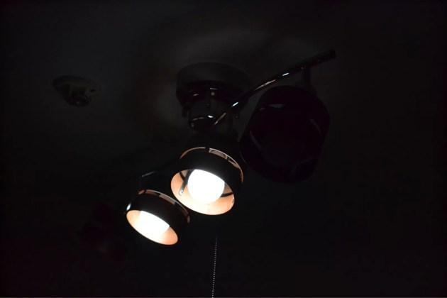 スポット型のオシャレなシーリングライト2
