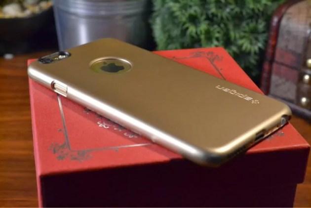 ゴールドなiPhone6にピッタリなケース