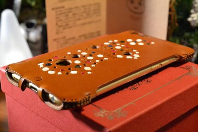 iPhone6ゴールドにabicase装着3