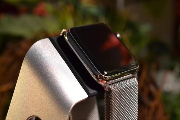 Apple Watch充電スタンドレビュー1