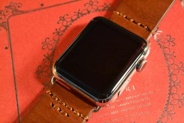Apple Watchレザーベルト交換2