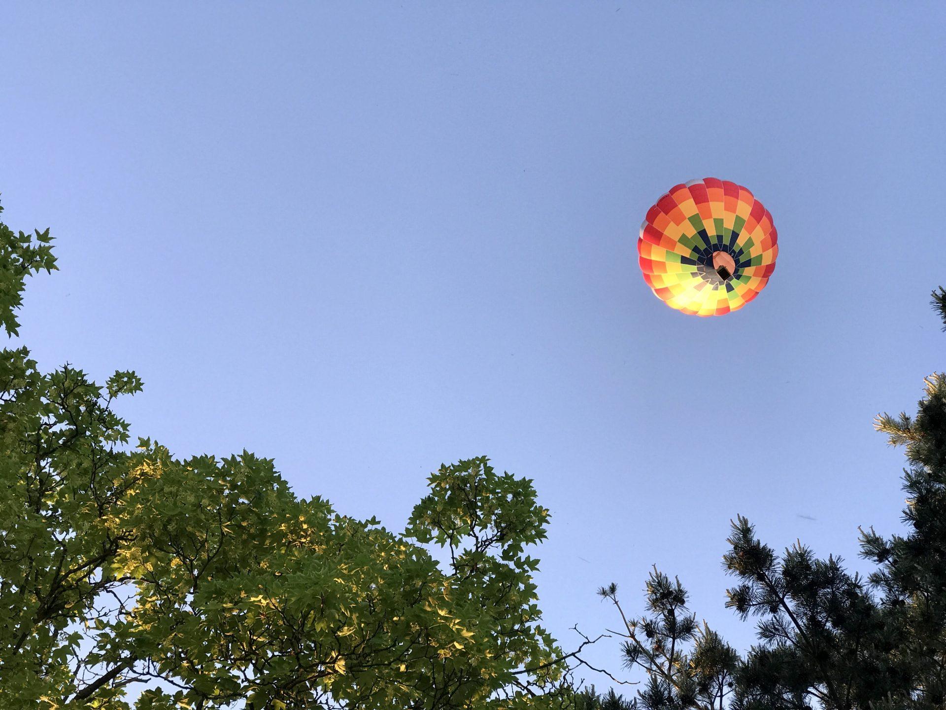 risky week 22 – Heißluftballon über der Terrasse