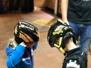 Und, wer hat jetzt den hipsten Helm?
