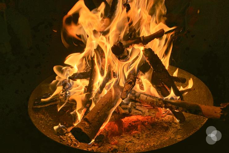 Feuer in der Feuerschale