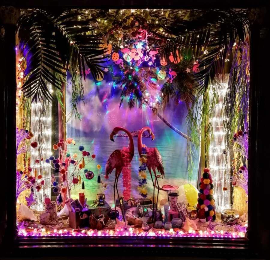 Yin Yang Glastonbury Christmas Window 2018