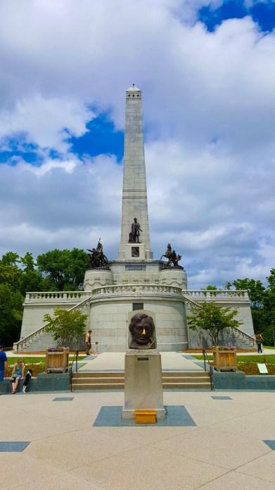 Lincoln's Tomb at Oak Ridge Cemetery