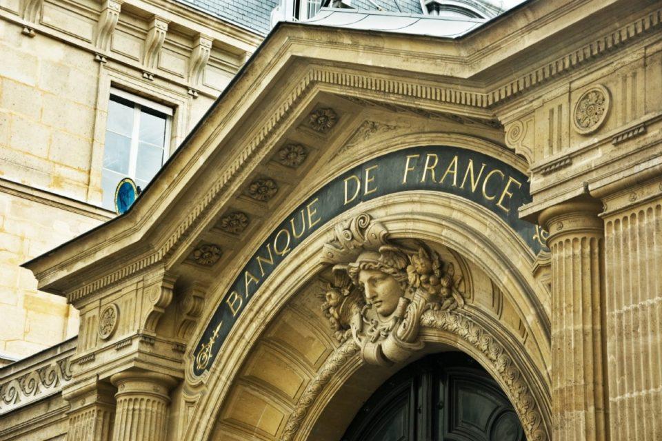 Finance : la Banque de France favorable à un retour « prudent » aux dividendes