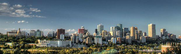 1280px-Downtown-Skyline-Edmonton-Alberta-Canada-01A