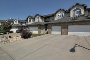 11528-11-Avenue-SW-Edmonton-AB-large-001-Front-of-House-1500x1000-72dpi