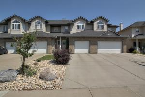 11528-11-Avenue-SW-Edmonton-AB-large-002-Front-of-House-1500x1000-72dpi