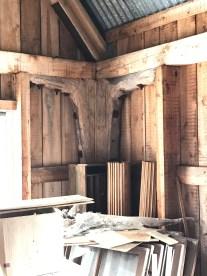 Konsolliknande detalj i konstruktionen i magasinet i Båtskärsnäs. Foto: Jennie Björklund ©Norrbottens museum