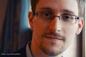 Edward Snowden tildeles Ossietzkyprisen for 2016