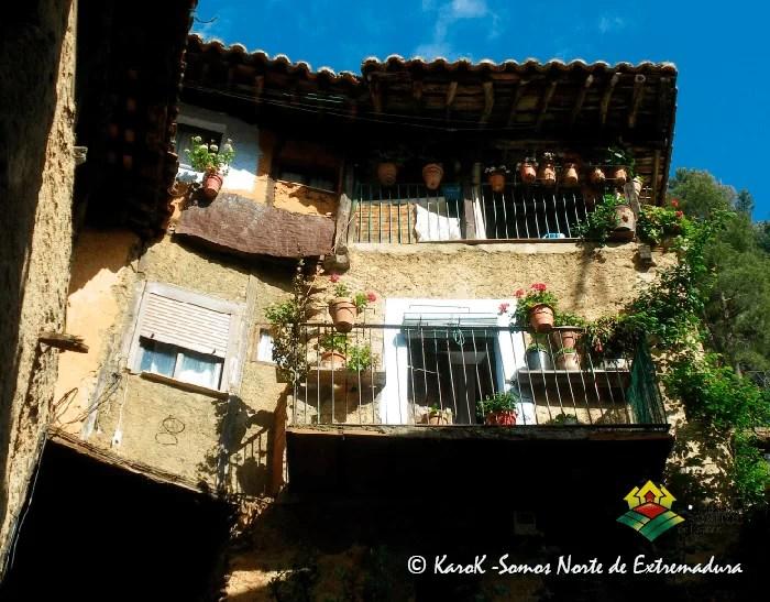 Balconadas en Robledillo