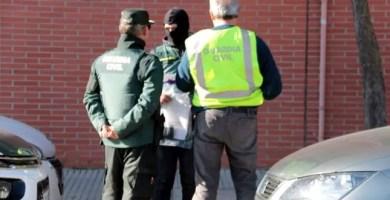 Guardia Civil apuñala a un compañero y a su hija menor de edad