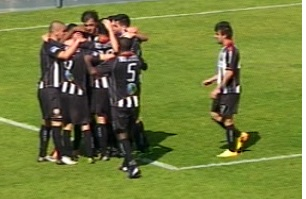 Varzim empata em Ribeirão (1-1)