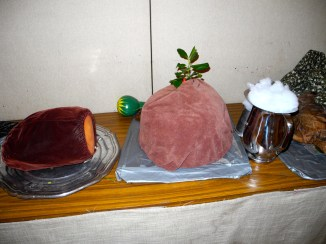 Roast beef! Plum pudding! And mince pie!