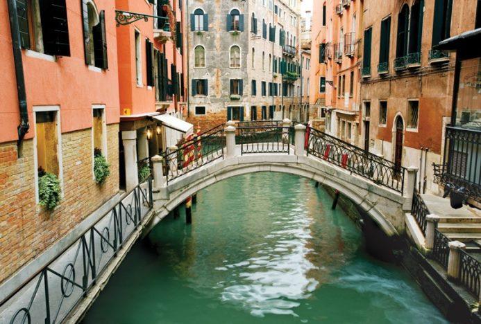парковки в венециии на площади рома