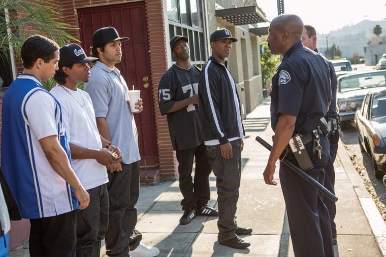 Straight-Outta-Compton-4