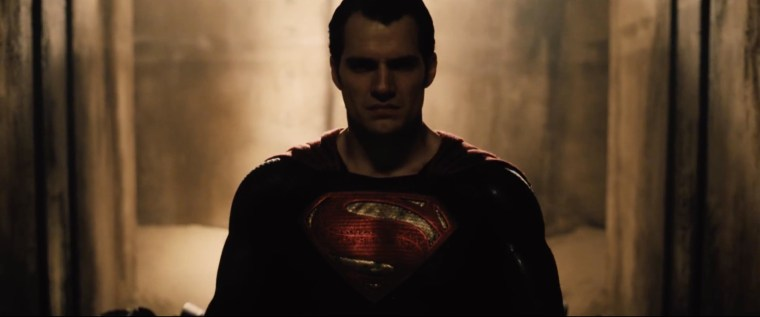 Batman-v-Superman-Sneak-Peek-2