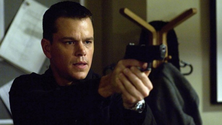Matt Damon Is Jason Bourne  (The Bourne Identity, Universal Pictures)