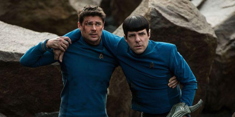 Star-Trek-Beyond-Karl-Urban-Bones-Zachary-Quinto-Spock