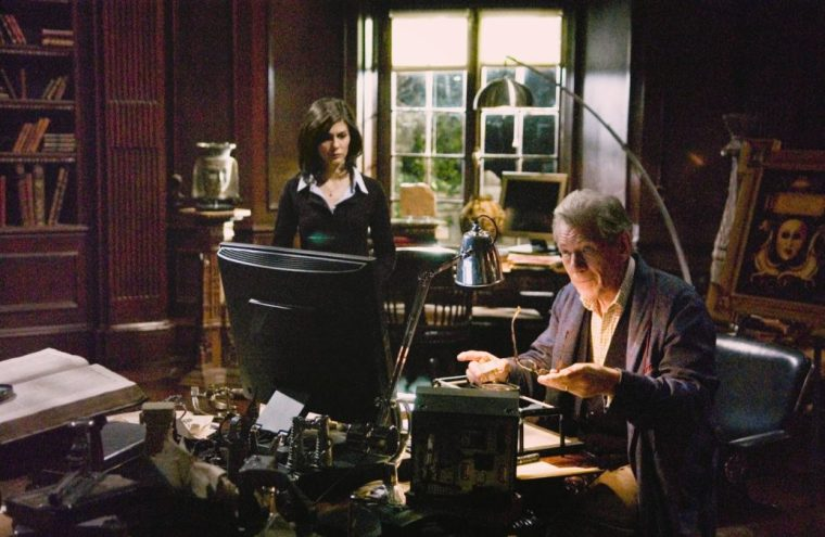 Sophie (Audrey Tatou) with  Sir Leigh Teabing (Ian McKellen) (The Da Vinci Code, Sony Pictures)
