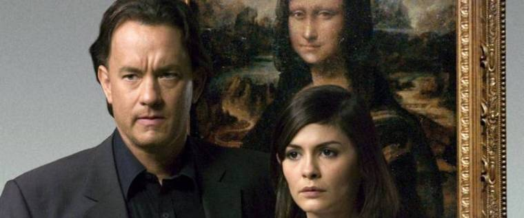 Robert Langdon (Tom Hanks) with Sophie (Audrey Tautou) (The Da Vinci Code, Sony Pictures)