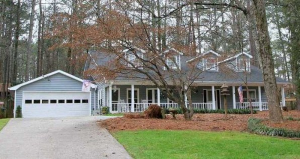 Home In River Valley Estates GA
