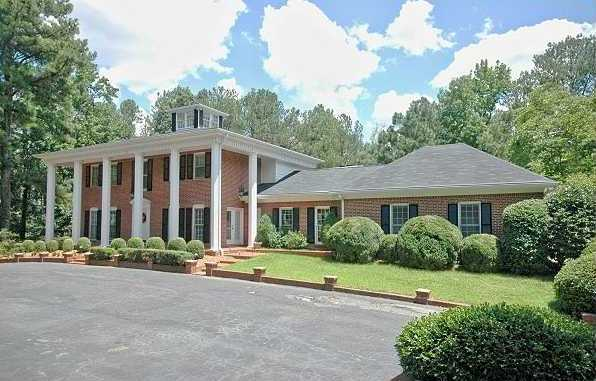 Home In Peachtree Corners