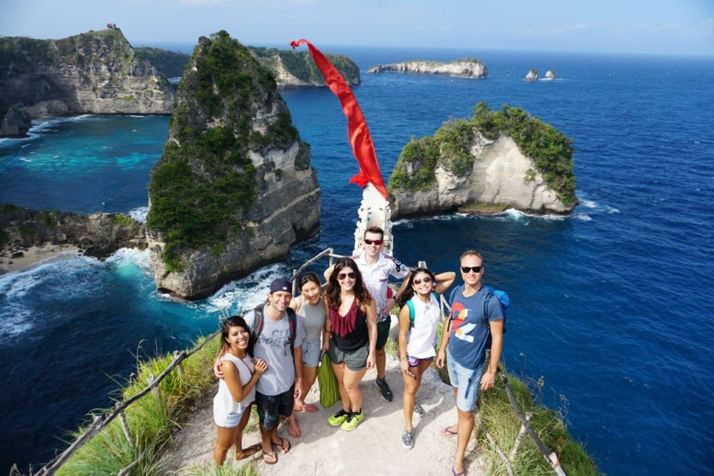 volunteer-in-bali-asliana-volunteering-experiences-in-bali