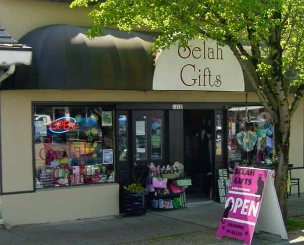 Storefront of Selah Gifts