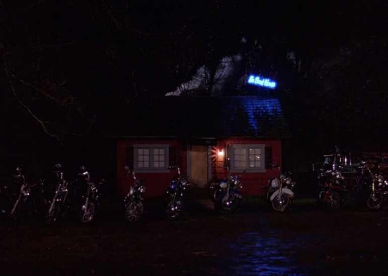 Twin Peaks: The Bookhouse Exterior