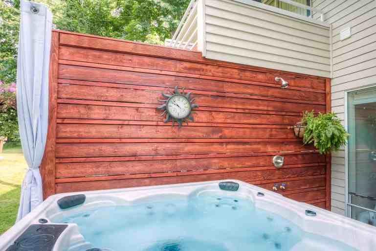 Outdoor Shower Moon River Suites 3